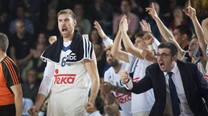 REAL MADRID VS BARCELONA3